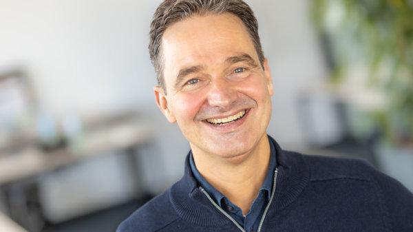 Dr. Alex von Frankenberg – Geschäftsführer