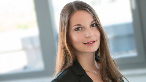 Dr. Lena Krzyzak – Senior Investment Manager