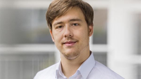 Louis Heinz – Senior Investment Manager – Digital Tech