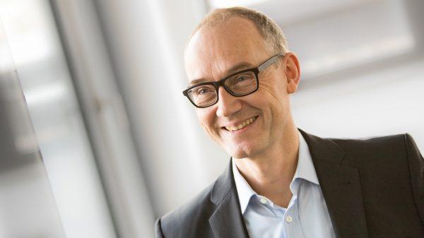 Dr. Olaf Joeressen – Senior Investment Manager