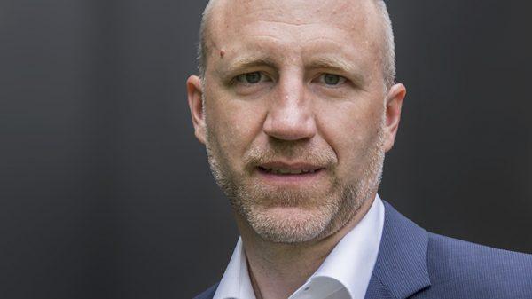 Dr. Max Voß