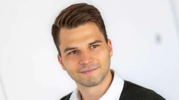 Sven Meyer – Junior Controller