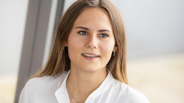 Julia Seeliger – Junior Analyst