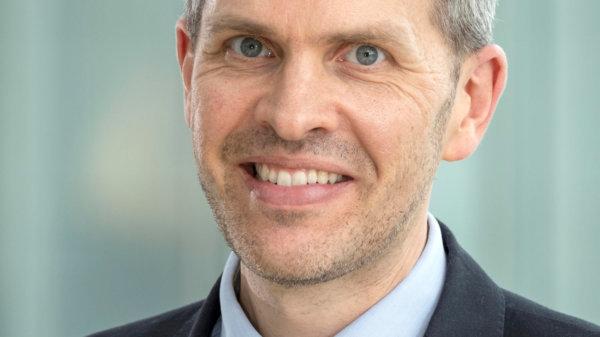 Dr. Alexander Ehlgen